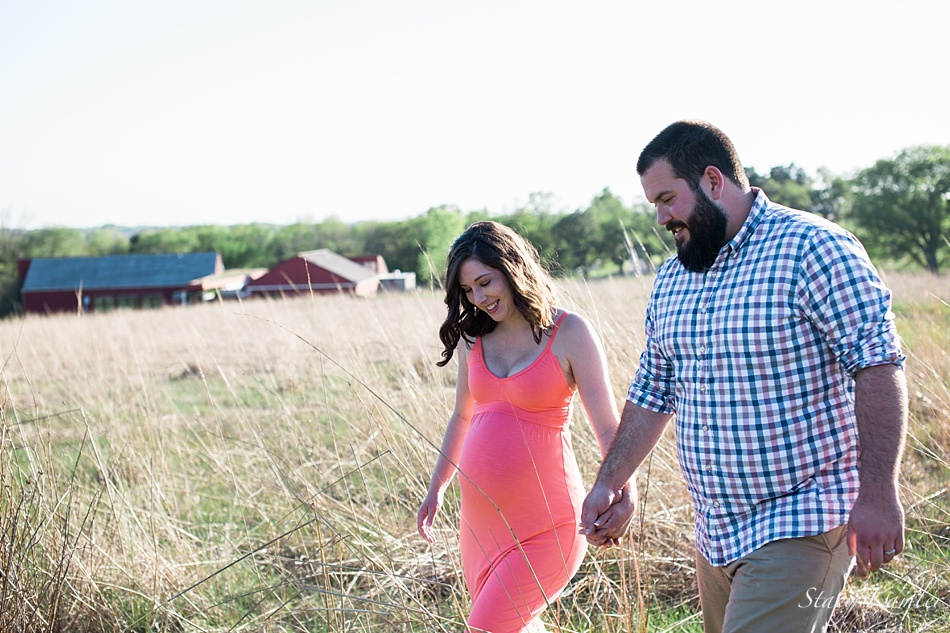 Pioneer Park Maternity Session