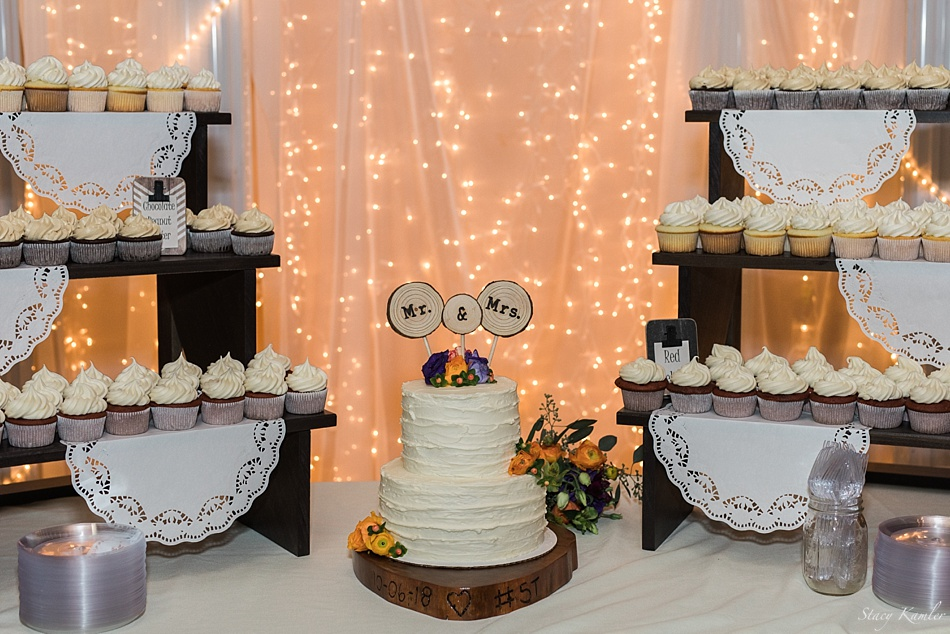 Cake at the Havelock Social Hall for Wedding