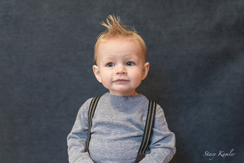 Photos of one year old boy in Studio