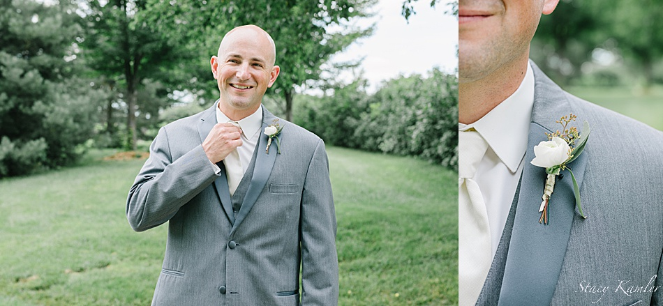 Groom Portraits of boutonniere